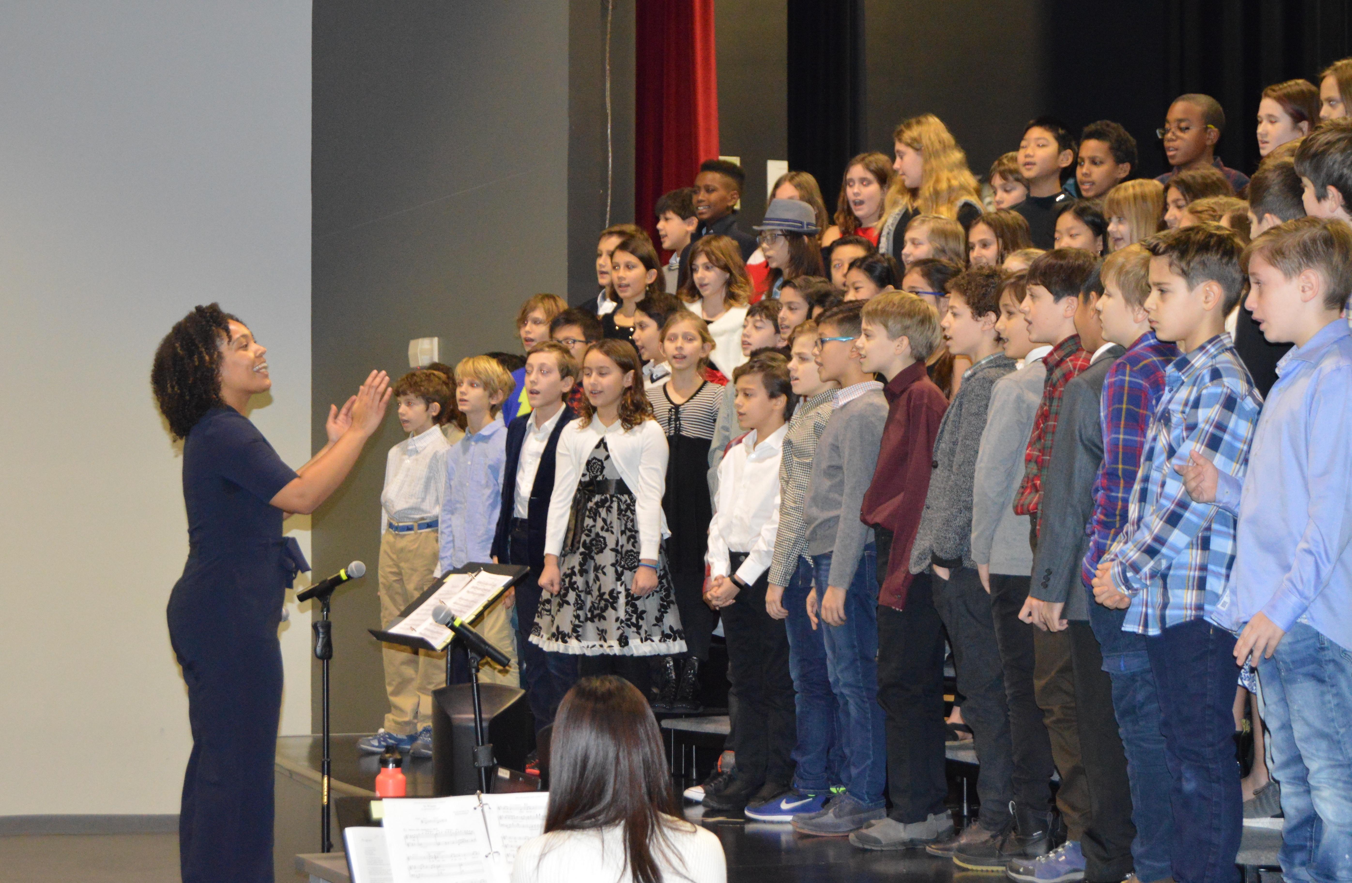 5th Grade Choir taylor-2.jpg