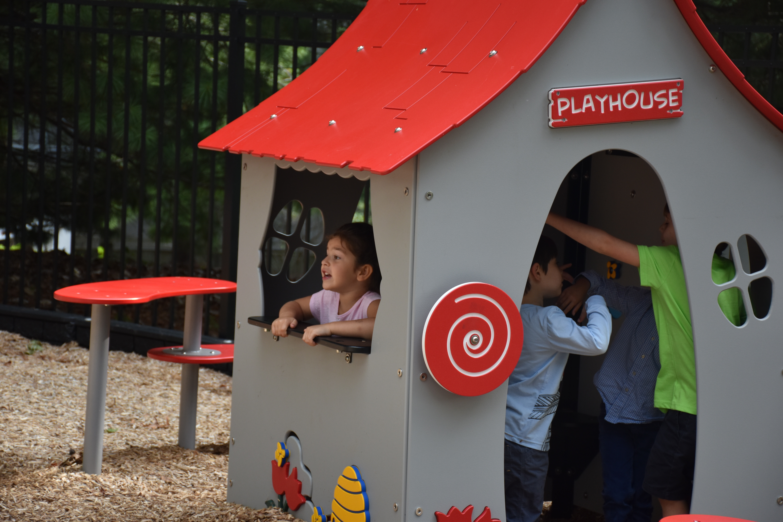 Playhouse-1.jpg