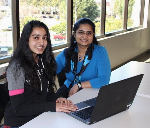 swetha and student.jpg